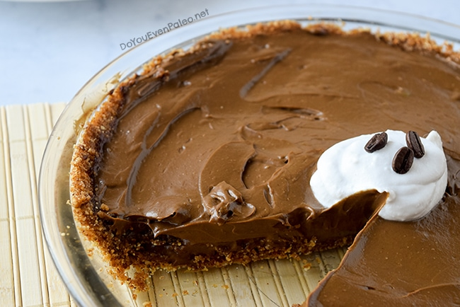 Mocha Avocado Cream Pie | DoYouEvenPaleo.net