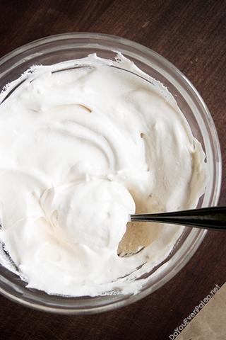 Dark Chocolate Pots de Crème with Marshmallow Crème | DoYouEvenPaleo.net