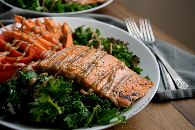 Thai Salmon Salad Bowls | DoYouEvenPaleo.net