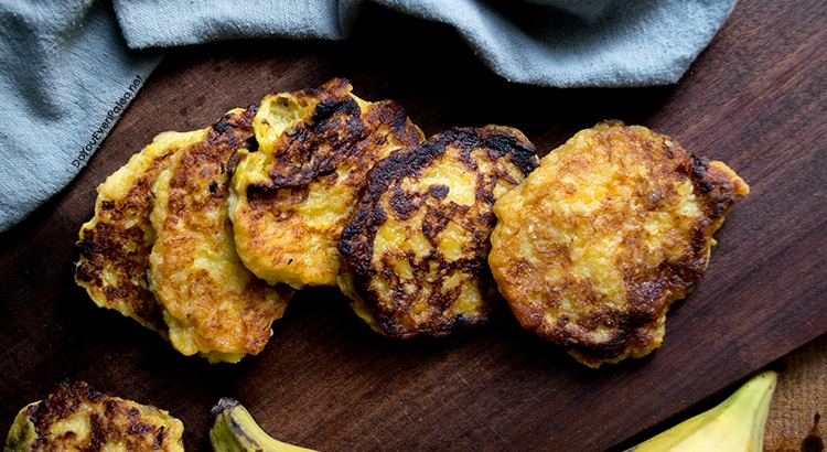 Crazy Easy Pan-Fried Plantain Patties | DoYouEvenPaleo.net