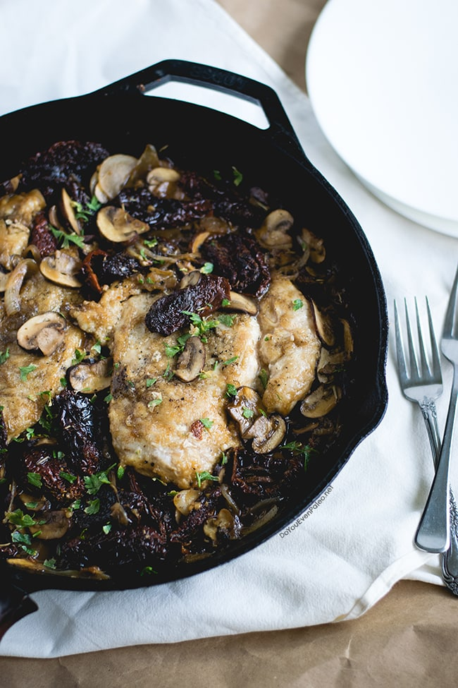 One-Skillet Chicken with Mushrooms & Sun-Dried Tomatoes | DoYouEvenPaleo.net