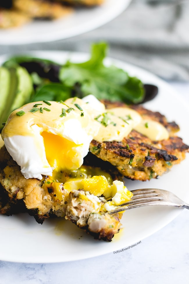 Whole30 Salmon Cake Eggs Benedict | DoYouEvenPaleo.net