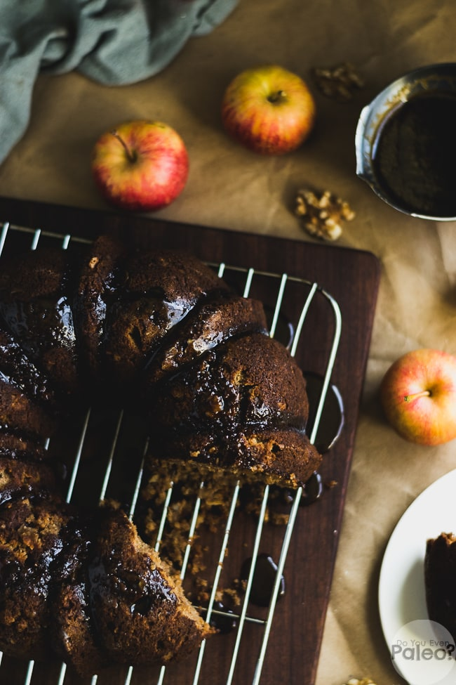 Paleo Apple Walnut Bundt Cake | DoYouEvenPaleo.net