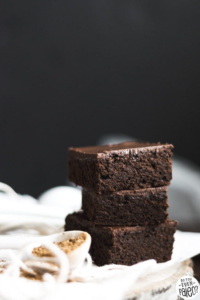 Frosted Paleo Gingerbread Brownies | DoYouEvenPaleo.net