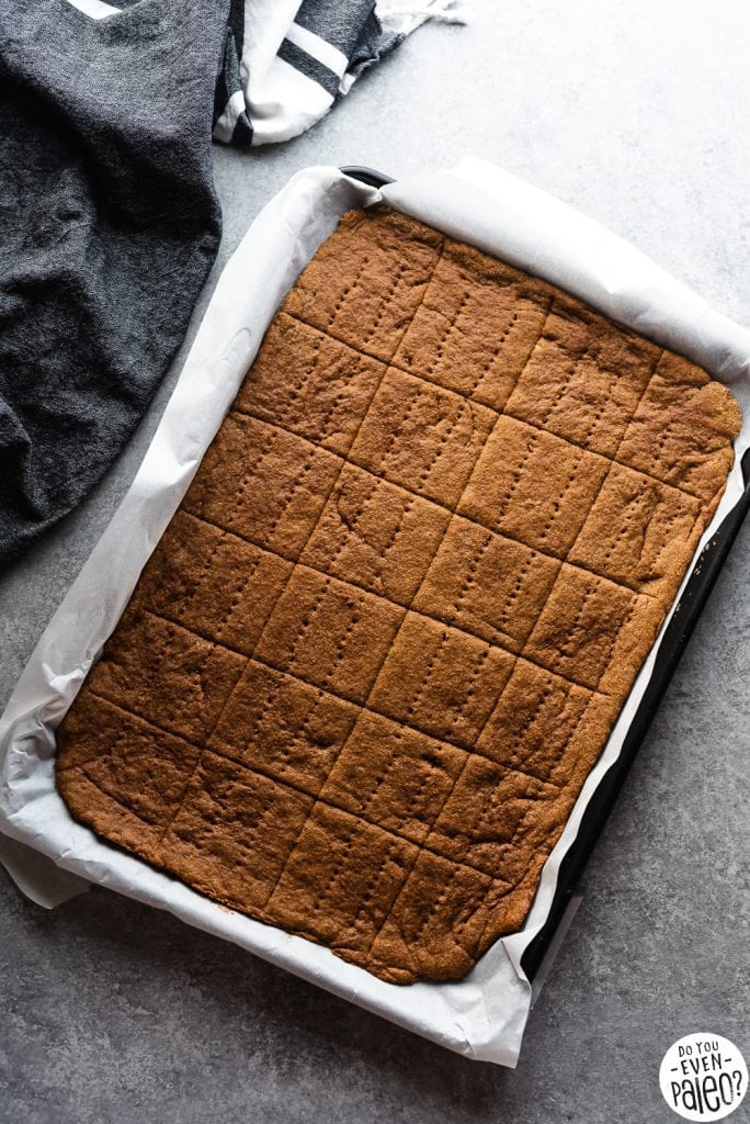 Paleo Graham Crackers Recipe | DoYouEvenPaleo.net